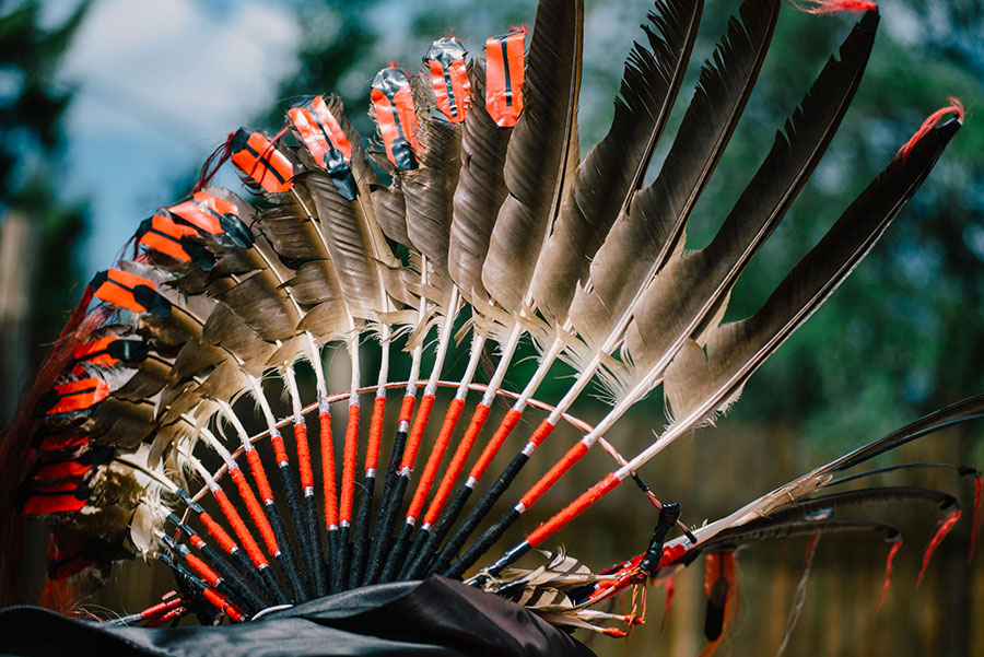 Casque plumes - Pow wow Abitibi360